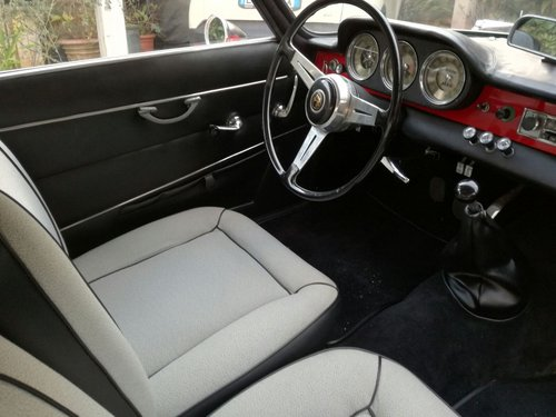 Alfa Romeo Giulia Sprint 1962 REDUCED PRICE! For Sale (picture 5 of 6)
