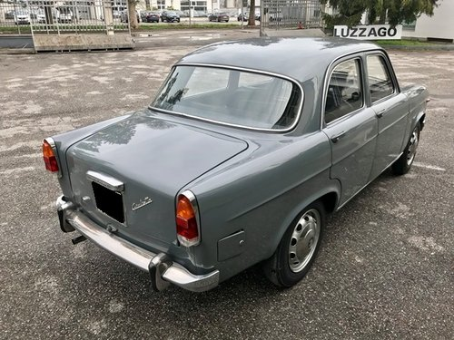 1963 Alfa Romeo - Giulietta 1300 - FIRST ITALIAN REGISTRATION For Sale (picture 2 of 6)