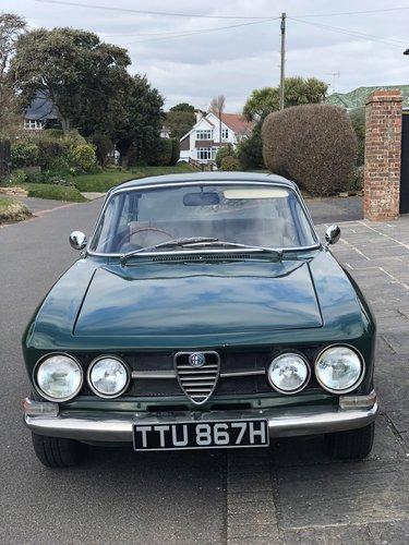 1970 Alfa Romeo 1750GTV Mk1 SOLD (picture 1 of 6)