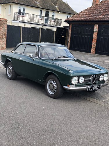 1970 Alfa Romeo 1750GTV Mk1 SOLD (picture 2 of 6)
