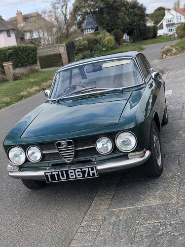 1970 Alfa Romeo 1750GTV Mk1 SOLD (picture 4 of 6)