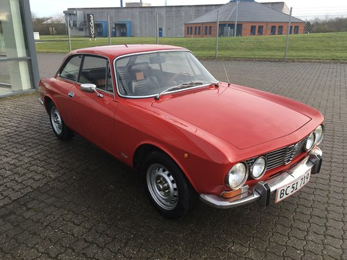 1976 Alfa Romeo Junior 1,6 GT Coupé SOLD (picture 2 of 6)