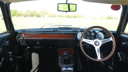 1973 Alfa Romeo GTV 2000 For Sale SOLD (picture 4 of 6)