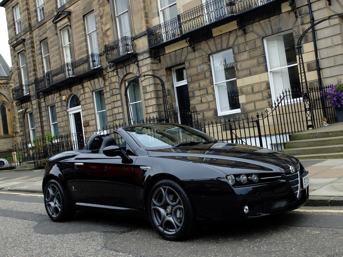 2009 ALFA SPIDER 2.2 JTS - JUST 38K MILES - SUPERB EXAMPLE ! SOLD (picture 2 of 6)