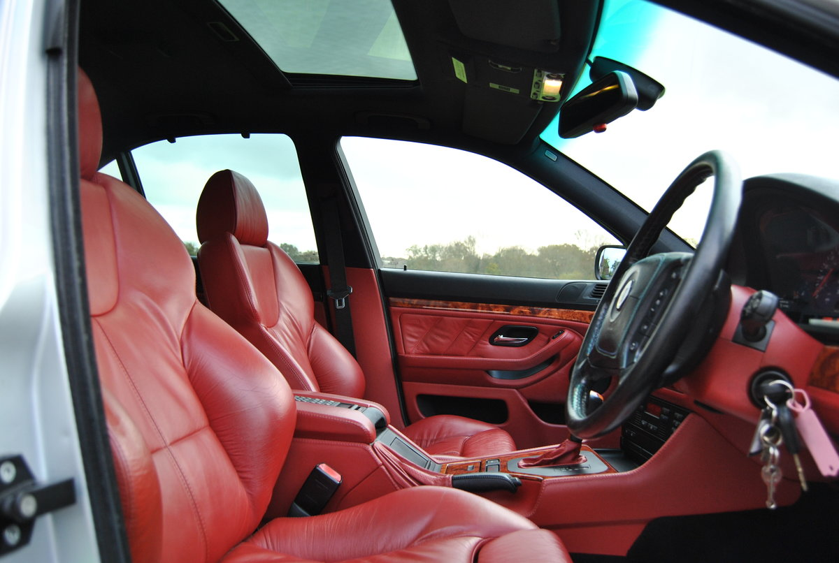 1999 BMW ALPINA B10 V8 SWITCHTRONIC - REDUCED For Sale (picture 4 of 6)