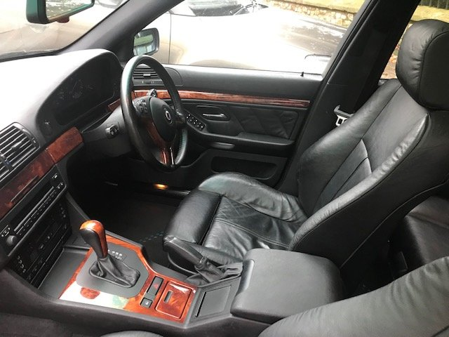 Beautiful and rare E39 2002 Alpina B10 3.3 Touring For Sale (picture 4 of 4)