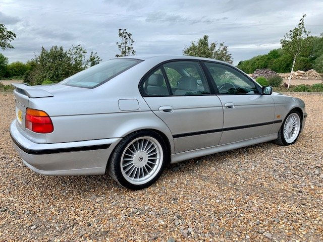 1998 BMW E39 B10 RECREATION MANUAL SALOON For Sale (picture 2 of 6)
