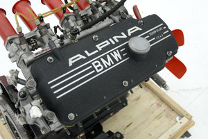 BMW ALPINA A4 ENGINE