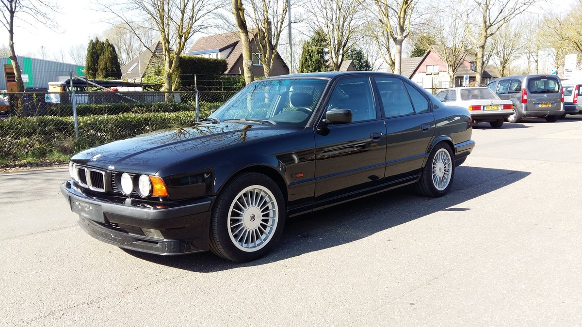Alpina B10 3,0 four wheel drive 1994 black manual gear For Sale (picture 1 of 6)