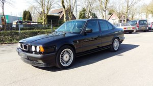 Picture of Alpina B10 3,0 four wheel drive 1994 black manual gear For Sale
