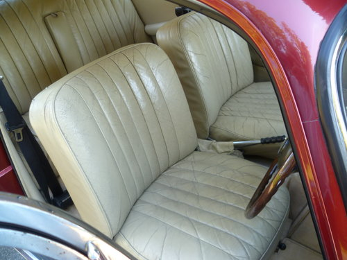 1966 ALVIS TF21 SALOON SOLD (picture 4 of 6)