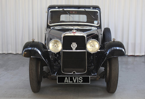 1934 Sixteen SF16.95 6 light Saloon by Holbrook For Sale (picture 2 of 6)