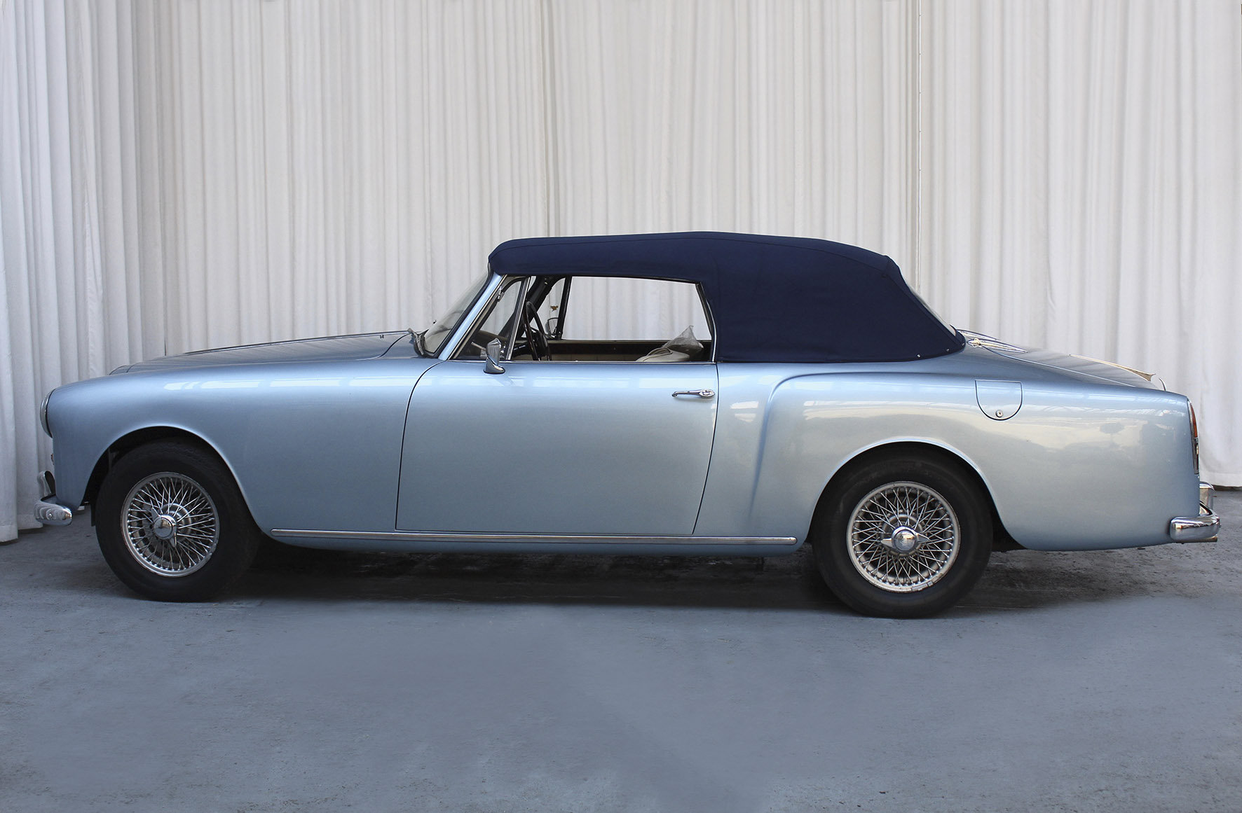 1960 TD21 DHC by Park Ward For Sale (picture 3 of 6)