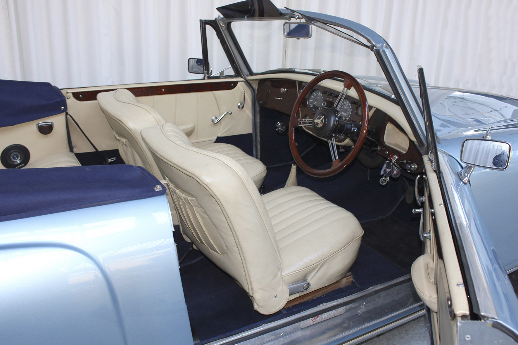 1960 TD21 DHC by Park Ward For Sale (picture 5 of 6)