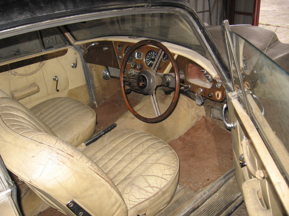 1965 TE21 automatic, P/steering for restoration For Sale (picture 4 of 6)