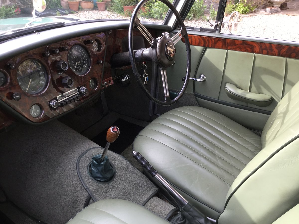 1960 ALVIS S1 TD21 Saloon in Almond Green metallic For Sale (picture 2 of 6)