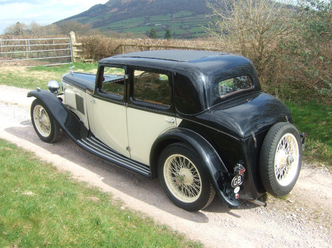 1933 Alvis SA 16.95 Sixteen saloon For Sale (picture 3 of 6)