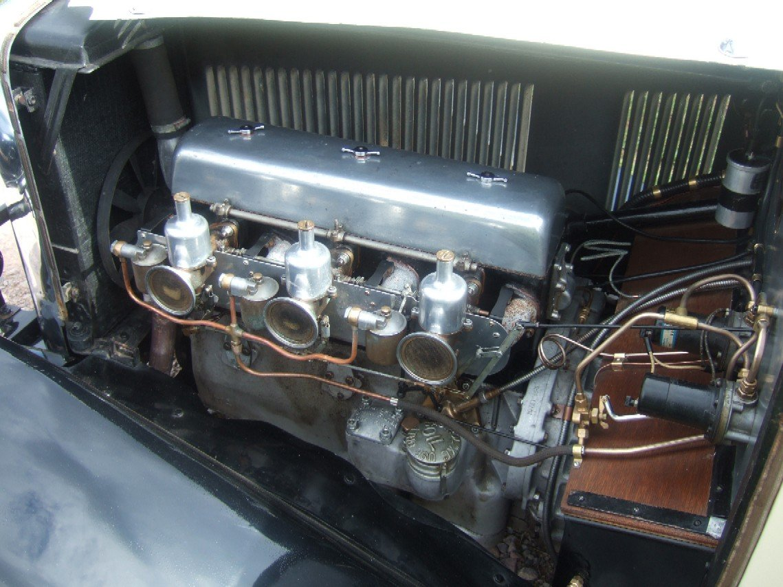 1933 Alvis SA 16.95 Sixteen saloon For Sale (picture 6 of 6)