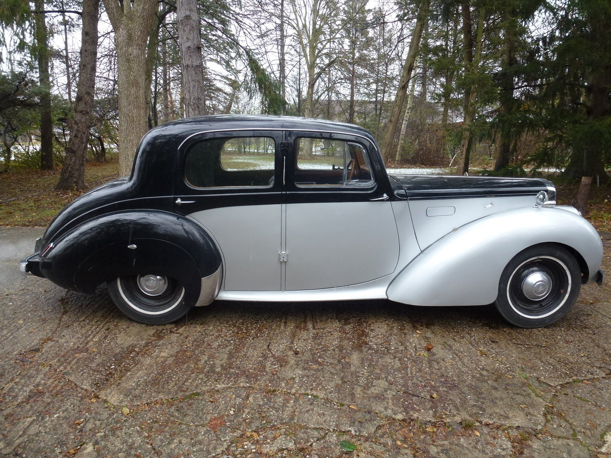 1952 Alvis TA21 Mulliners Saloon LHD For Sale (picture 2 of 6)