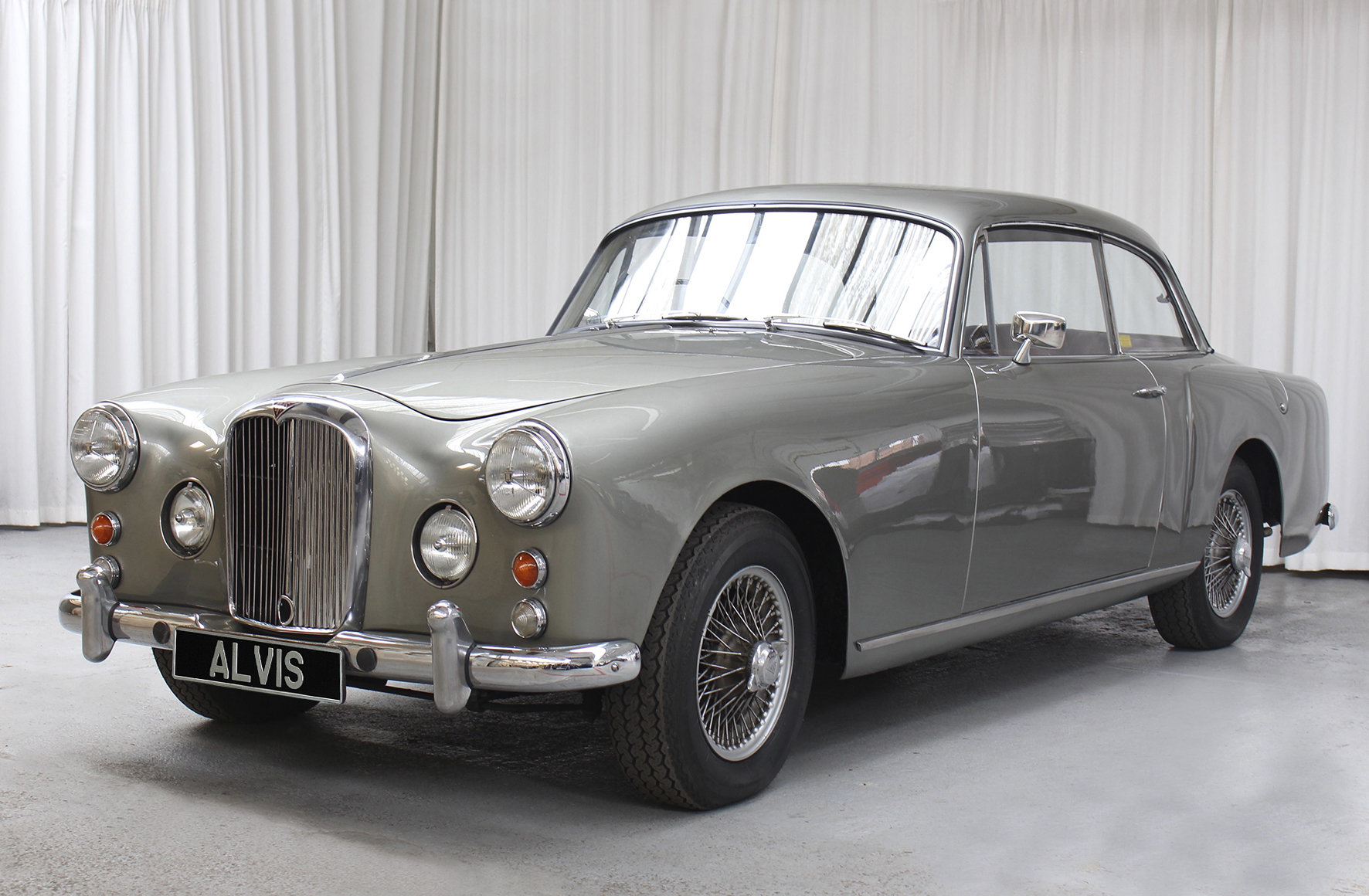 1961 TD21 Saloon by Park Ward For Sale (picture 2 of 6)