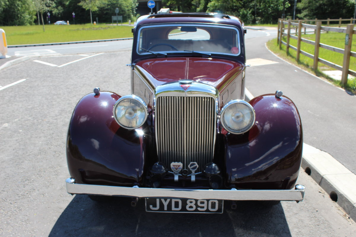 1948 Alvis TA 14 Saloon with Sliding Sunshine Roof  SOLD (picture 2 of 6)