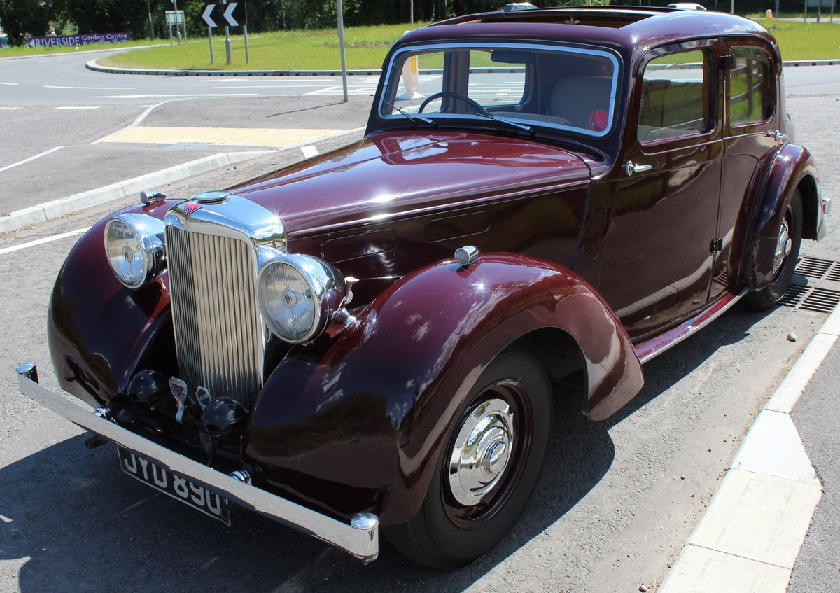 1948 Alvis TA 14 Saloon with Sliding Sunshine Roof  SOLD (picture 3 of 6)