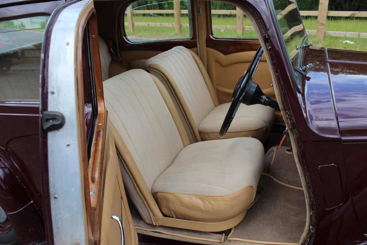 1948 Alvis TA 14 Saloon with Sliding Sunshine Roof  SOLD (picture 5 of 6)