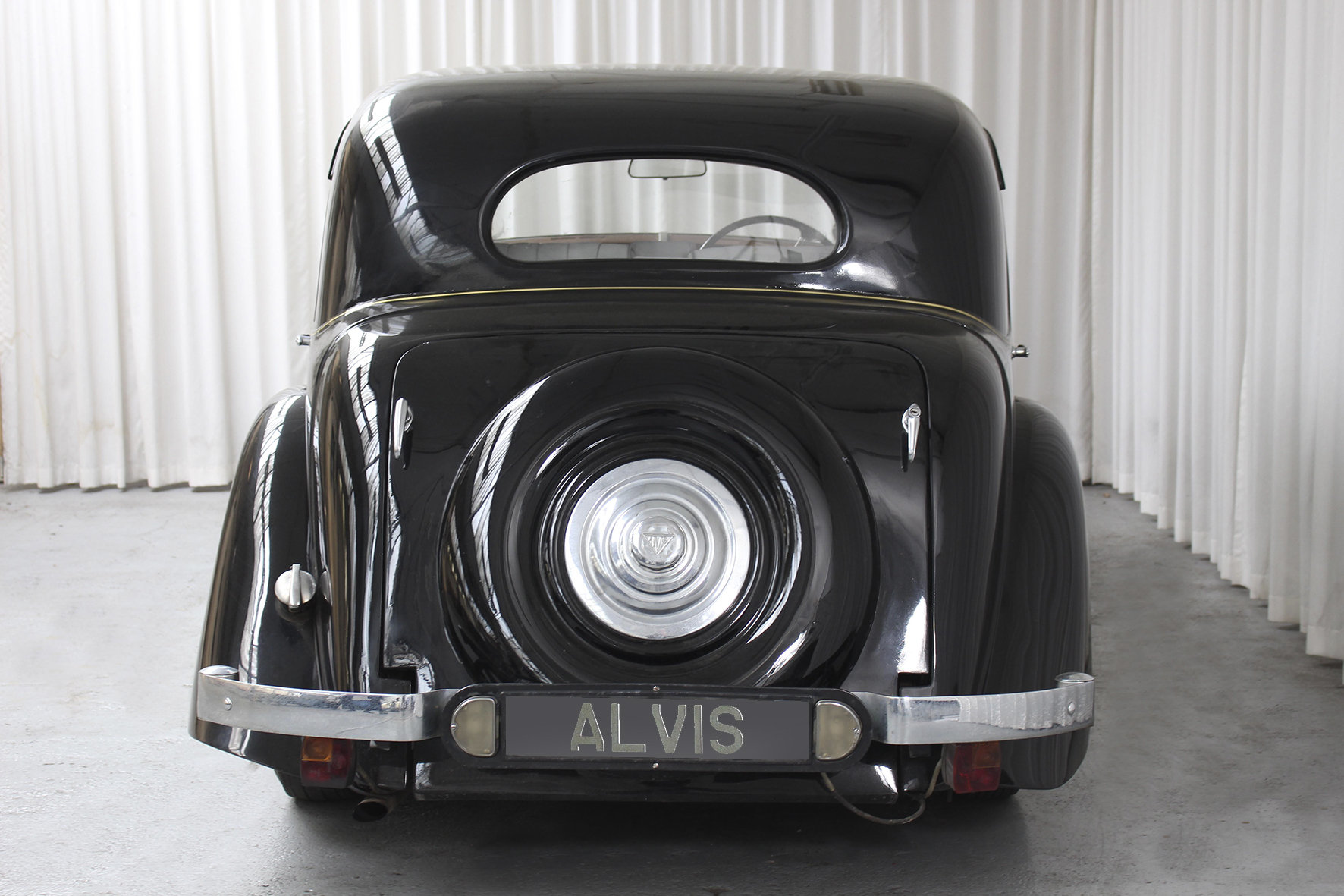 1948 TA 14 Four Light Saloon by Mulliner For Sale (picture 4 of 6)