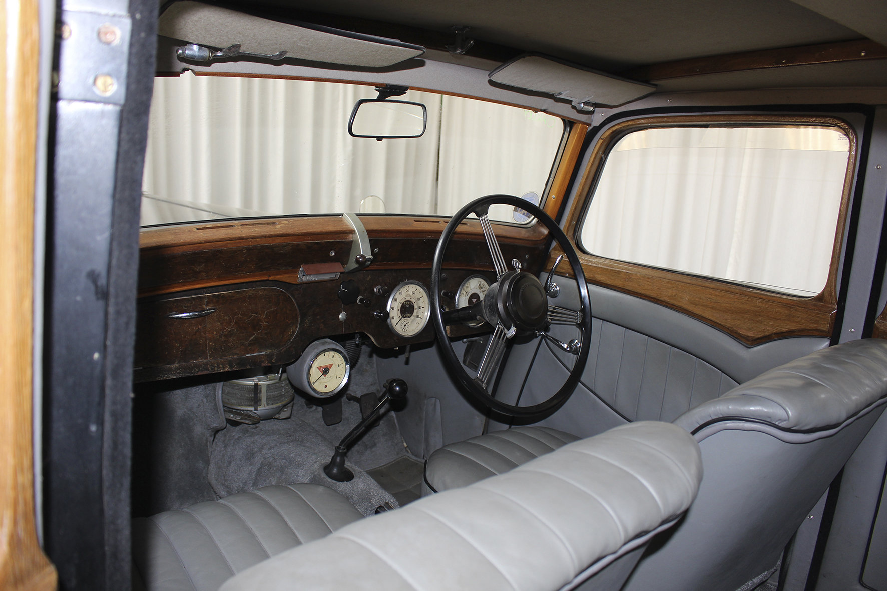 1948 TA 14 Four Light Saloon by Mulliner For Sale (picture 5 of 6)