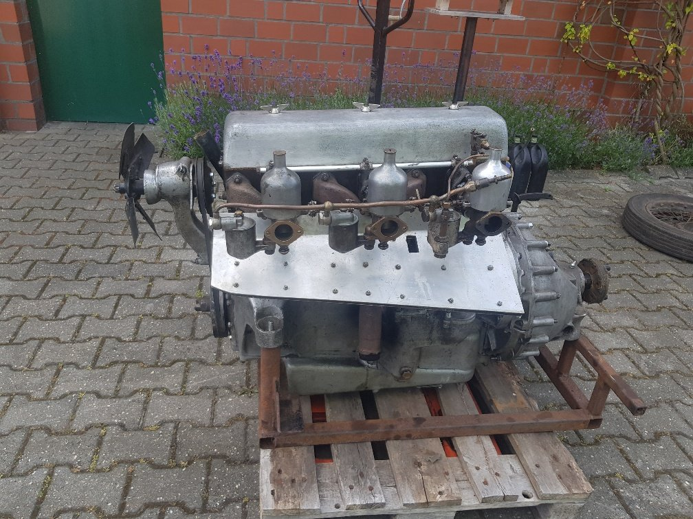 1935 Speed 20 engine (https://youtu.be/qfMBkab8K6g)  for sale For Sale (picture 1 of 1)
