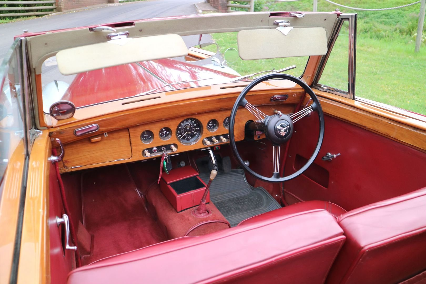 ALVIS TA 21 Original Drophead by TICKFORD 1952 For Sale (picture 3 of 6)