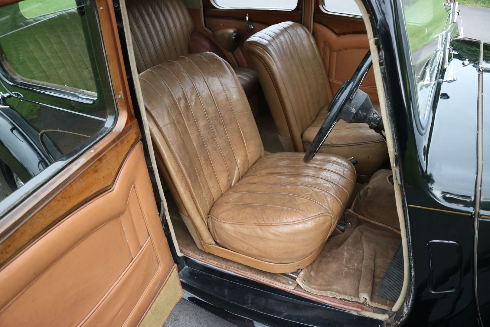 1947 ALVIS TA14 Same Family Owned, Genuine Original motor car  SOLD (picture 5 of 6)