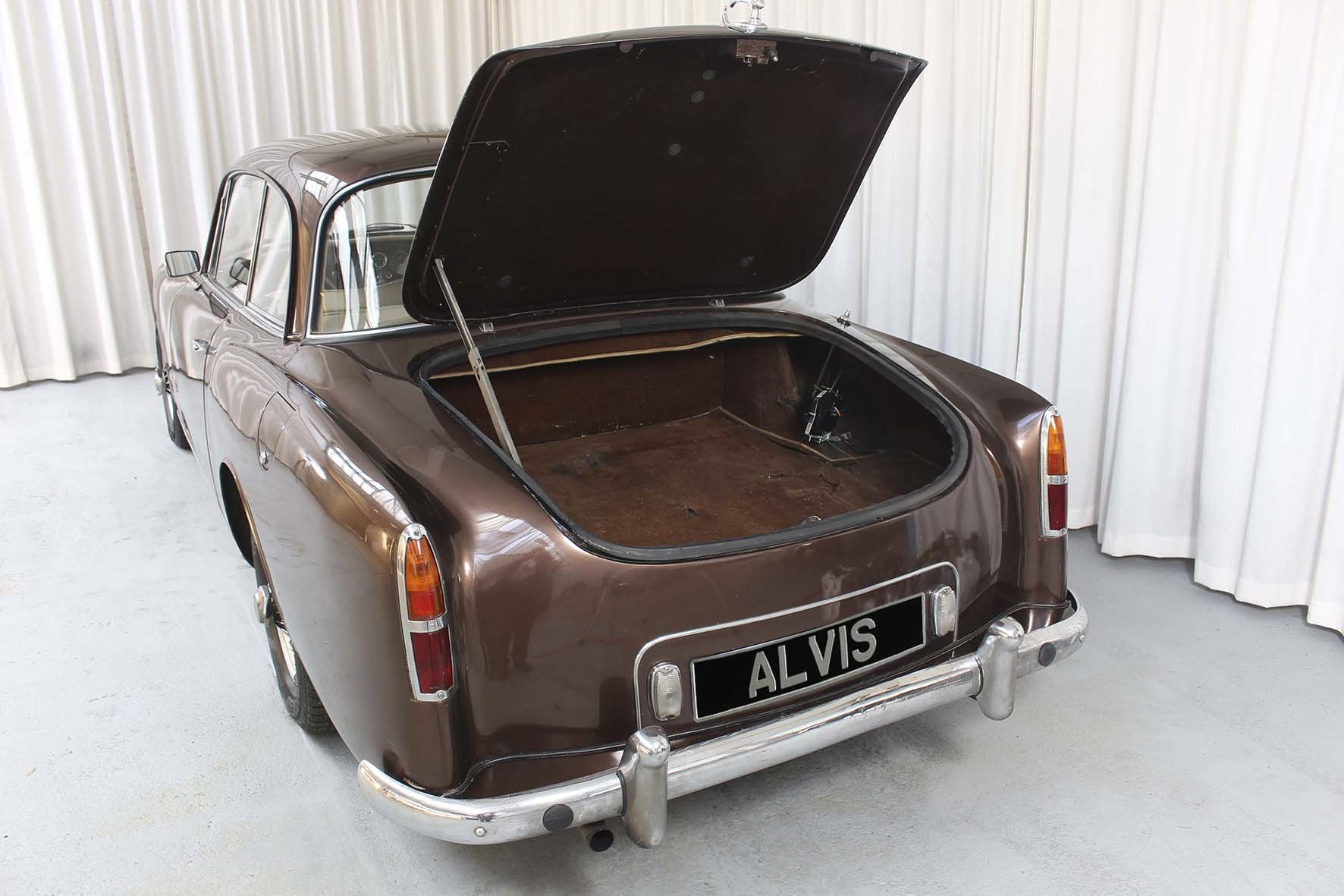 1965 TE 21 Saloon by Park Ward For Sale (picture 4 of 6)
