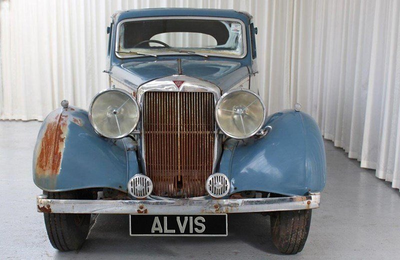 1938 Alvis Silver Crest Saloon for Restoration SOLD (picture 1 of 6)
