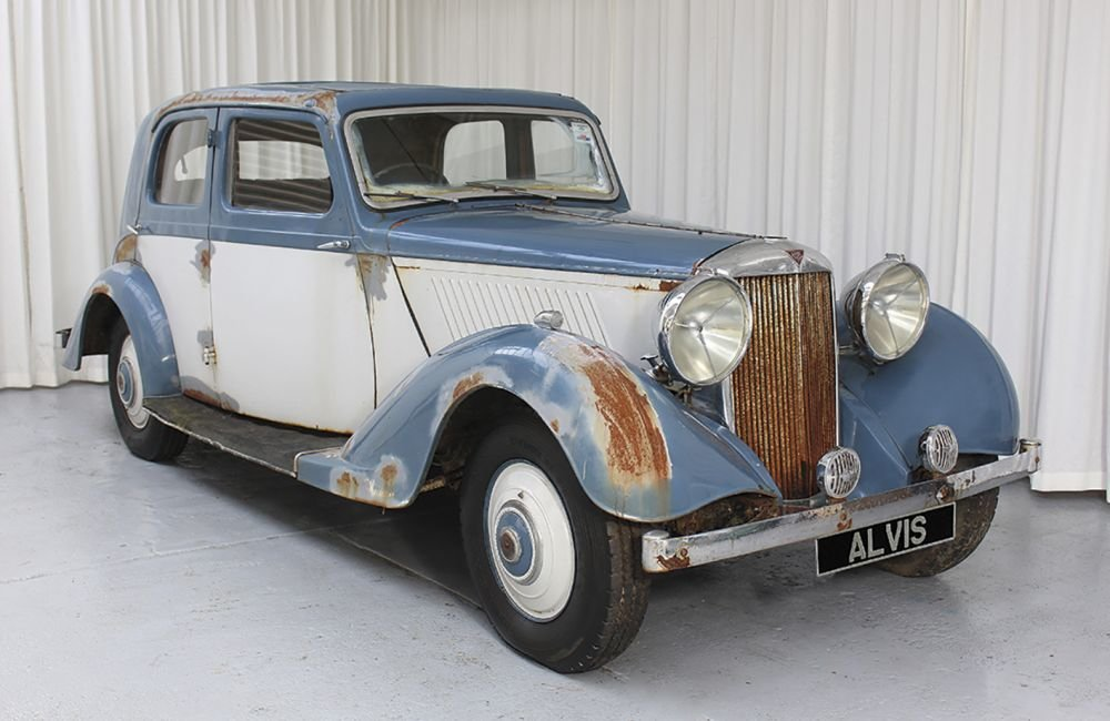 1938 Alvis Silver Crest Saloon for Restoration SOLD (picture 2 of 6)