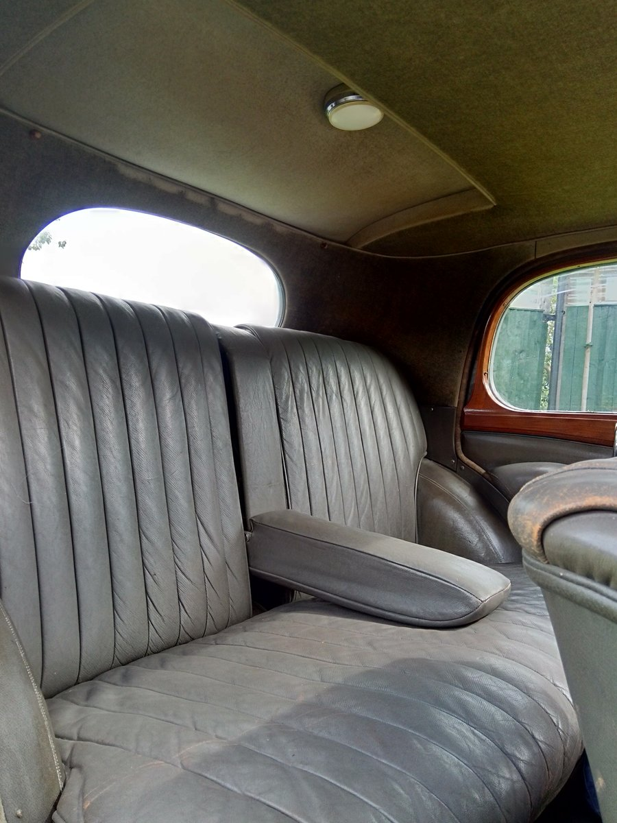 1950 Alvis TA14 Mulliner Saloon For Sale (picture 3 of 6)