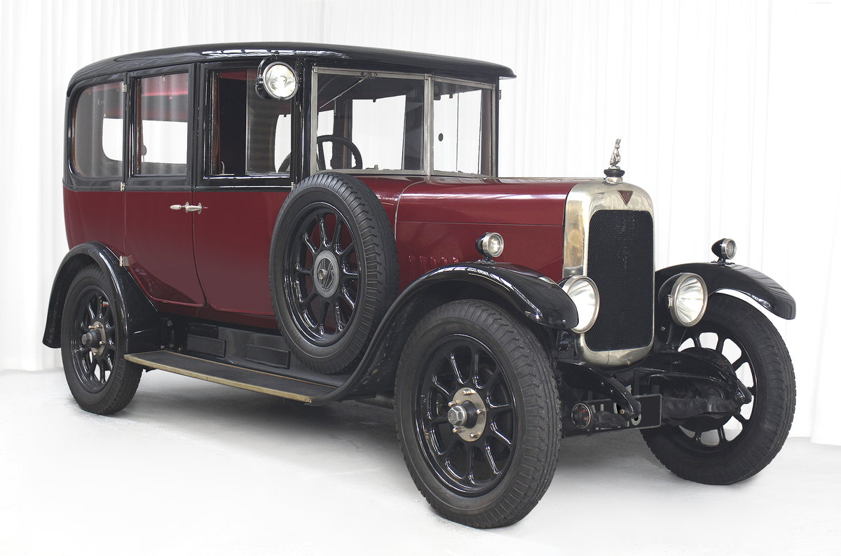 1926 12/50 TG Six Light Saloon by Carbodies For Sale (picture 1 of 10)