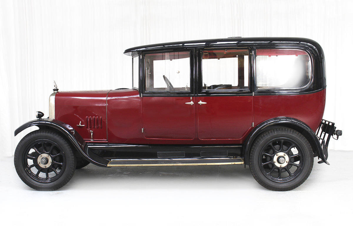 1926 12/50 TG Six Light Saloon by Carbodies For Sale (picture 5 of 10)