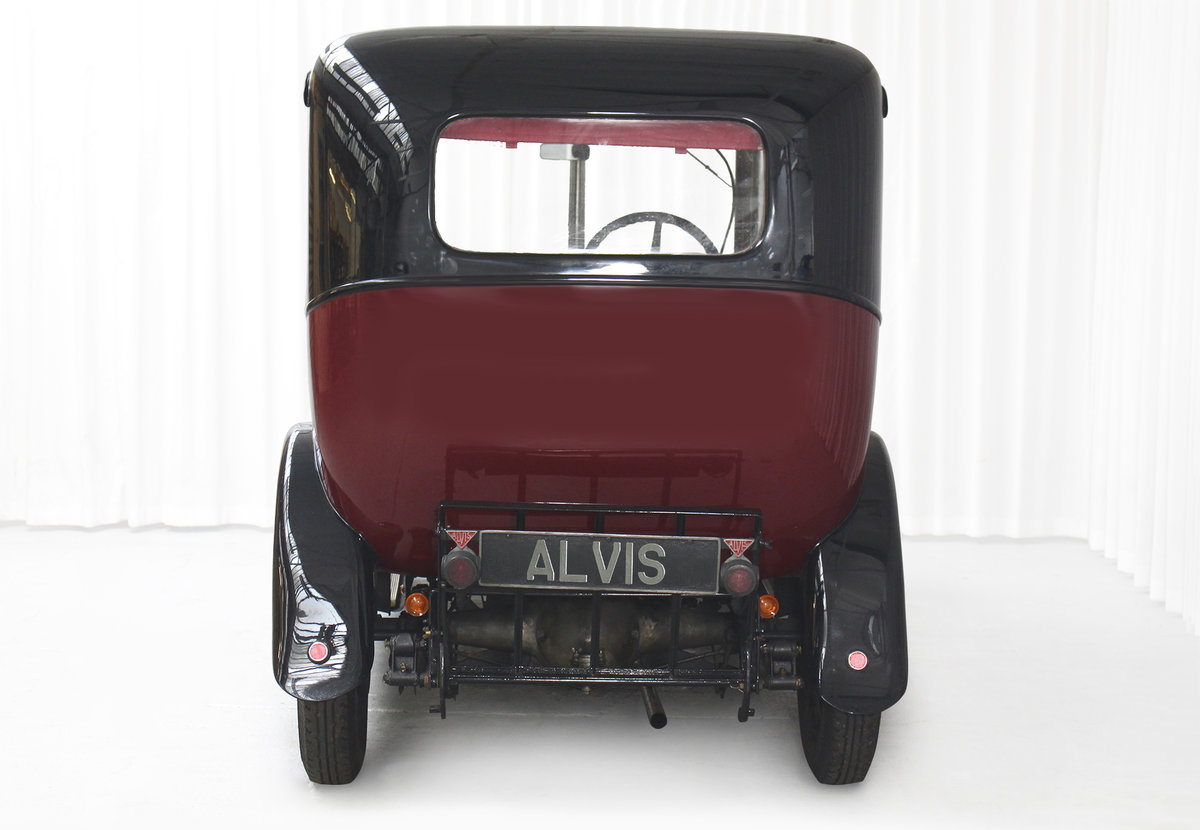 1926 12/50 TG Six Light Saloon by Carbodies For Sale (picture 6 of 10)