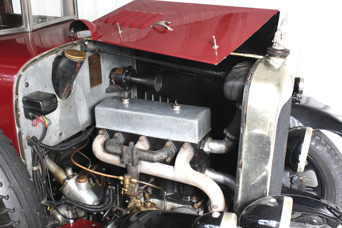 1926 12/50 TG Six Light Saloon by Carbodies For Sale (picture 9 of 10)