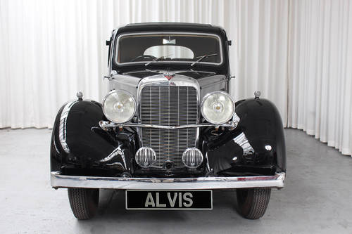 1939 12/70 Saloon by Mulliner SOLD (picture 3 of 6)