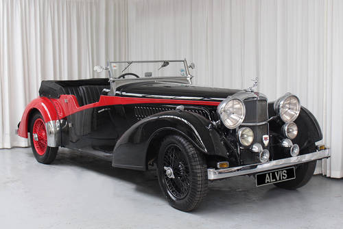 1939 4.3 Litre Vanden Plas Tourer by Rod Jolley SOLD (picture 2 of 6)