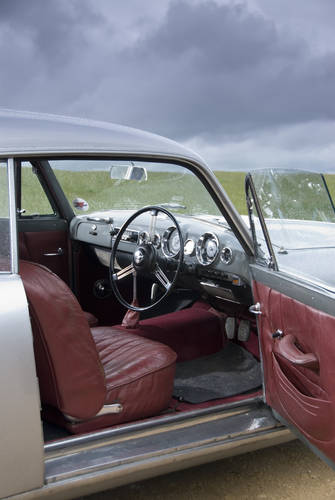 1957 Alvis TC108/G by Willowbrook to be sold on October 28th SOLD by Auction (picture 4 of 6)