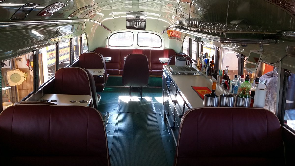 1973 US School Bus / Party Bus For Sale (picture 4 of 6)