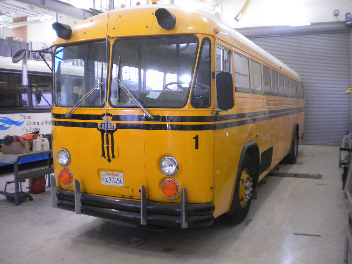 1973 US School Bus / Party Bus For Sale (picture 5 of 6)