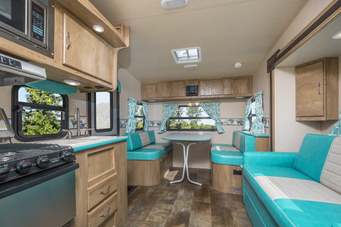 2019 Fabulous 50's vintage American caravan, Brand New For Sale (picture 2 of 6)