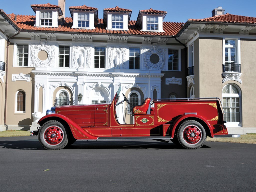 1936 American LaFrance Senior 400 Series Squad Truck  For Sale by Auction (picture 5 of 6)