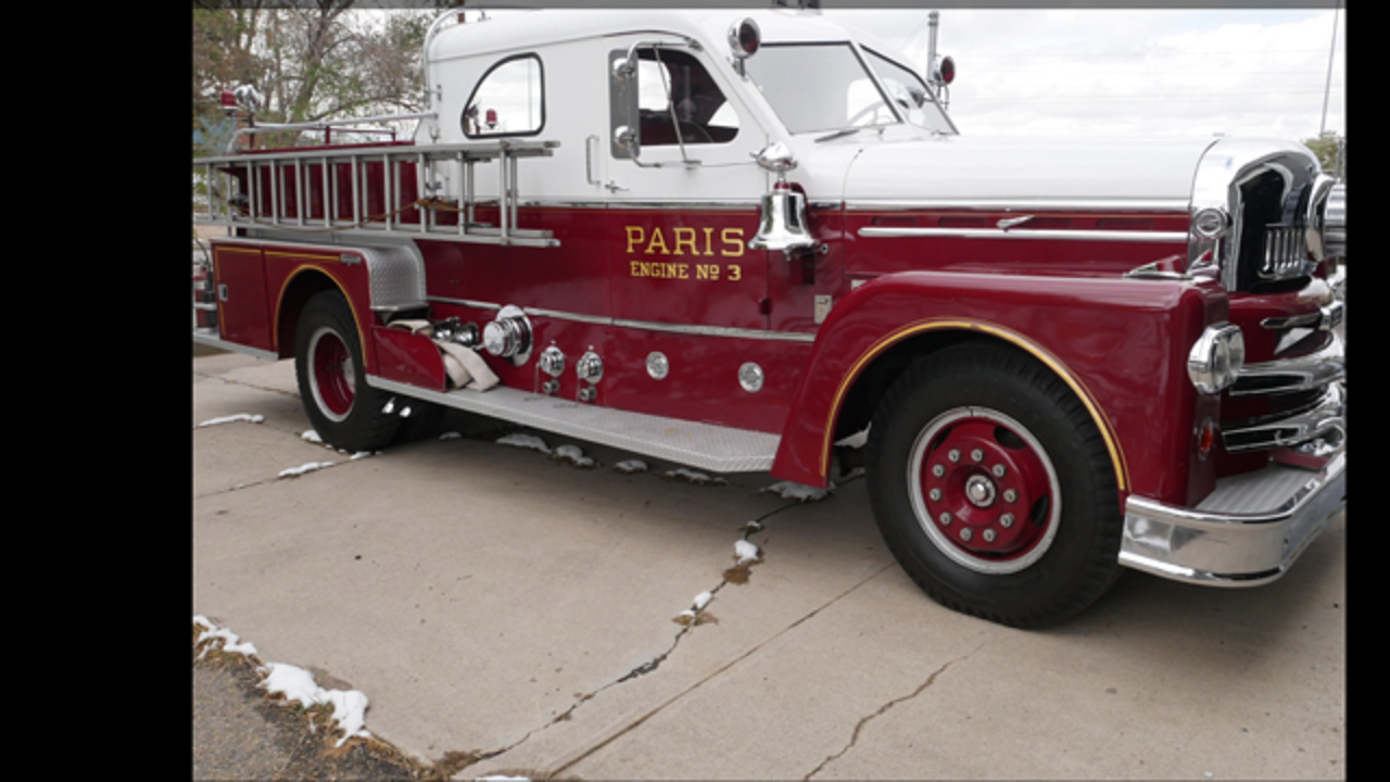 1961 Seagrave Fire Truck For Sale (picture 1 of 6)