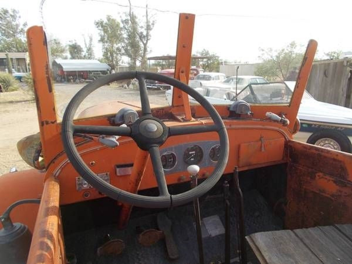 1942 Pirsch Peterbuilt Fire Truck For Sale (picture 5 of 5)