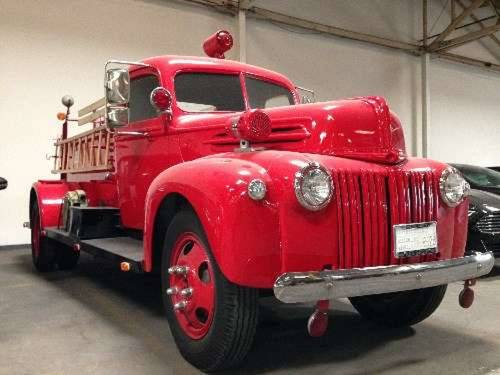 1945 Ford Seagrave Fire Truck For Sale (picture 1 of 6)